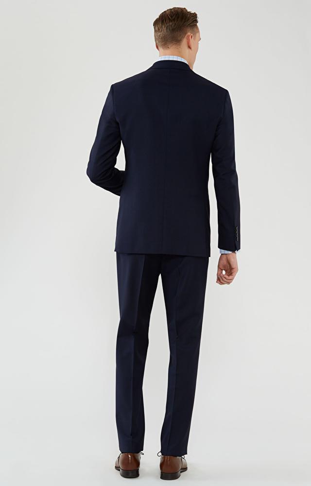Dopasowany garnitur z wełny extra-fine