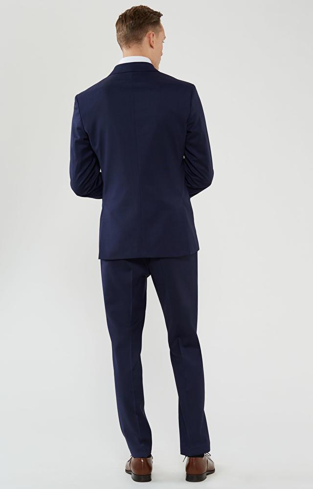 Klasyczny garnitur wełniany