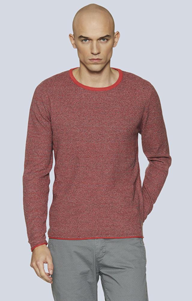 Lekki sweter z melanżowej dzianiny