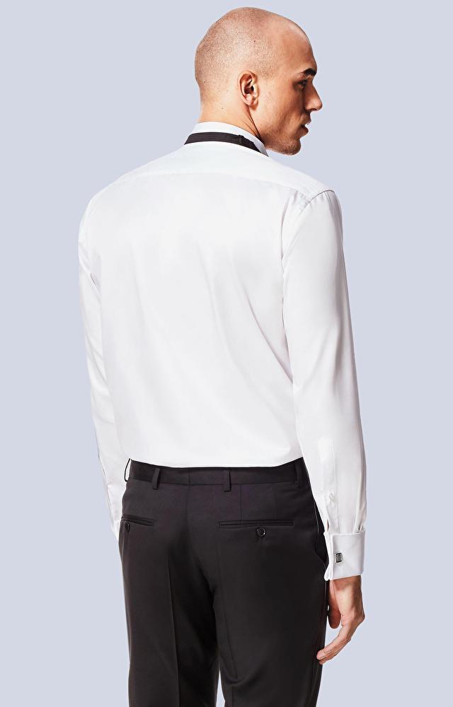 Klasyczna koszula na spinki, smokingowy kołnierz