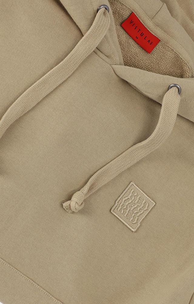 Krótsza bluza o pudełkowym kształcie z haftem