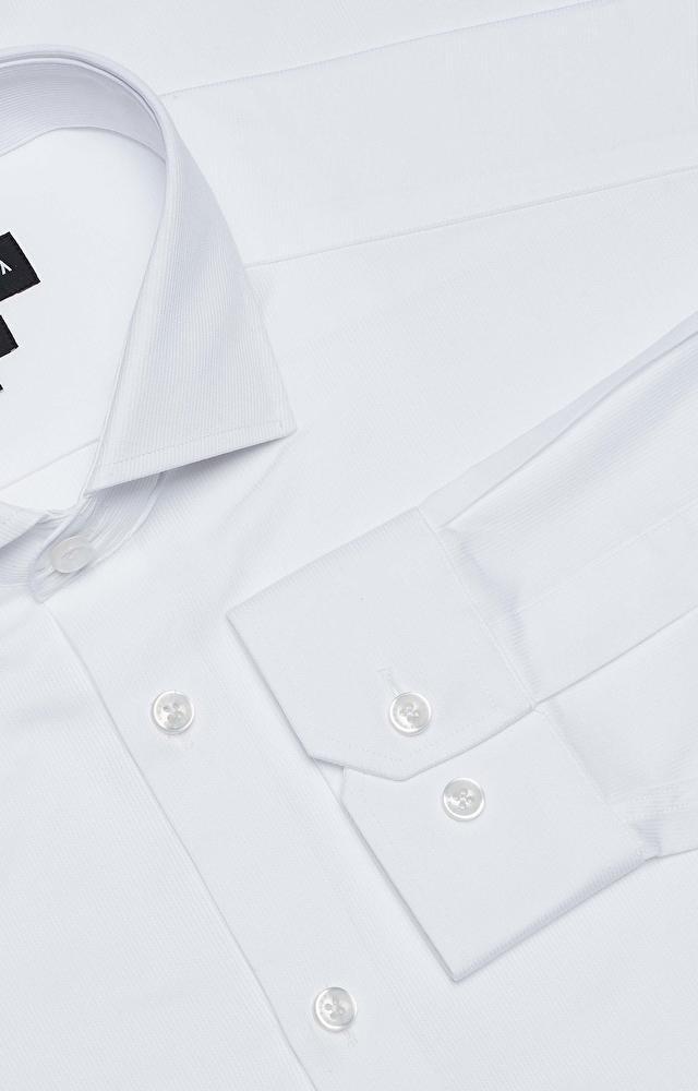 Klasyczna koszula z włoskim kołnierzem