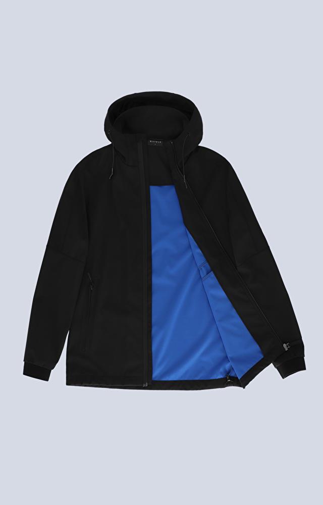 Sportowa kurtka z kapturem