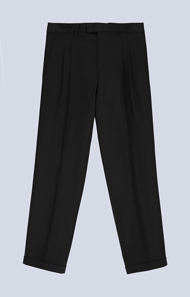Spodnie o prostym kroju i szerokich nogawkach