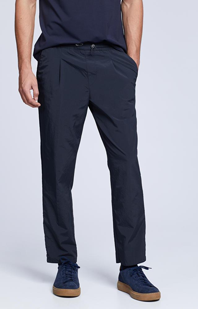 Spodnie z tkaniny technicznej