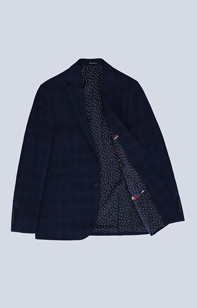 Dopasowany garnitur trzyczęściowy w kratę