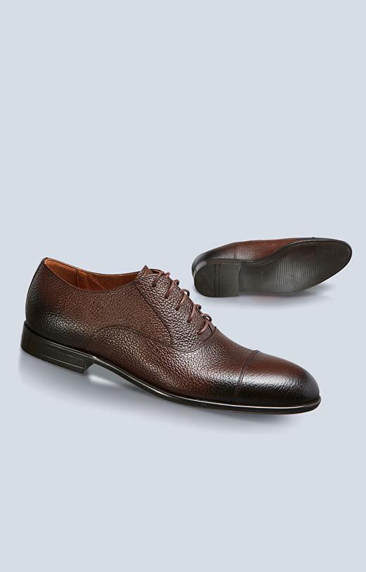 Skórzane buty typu oxford z tłoczeniem, klasyczne do garnituru