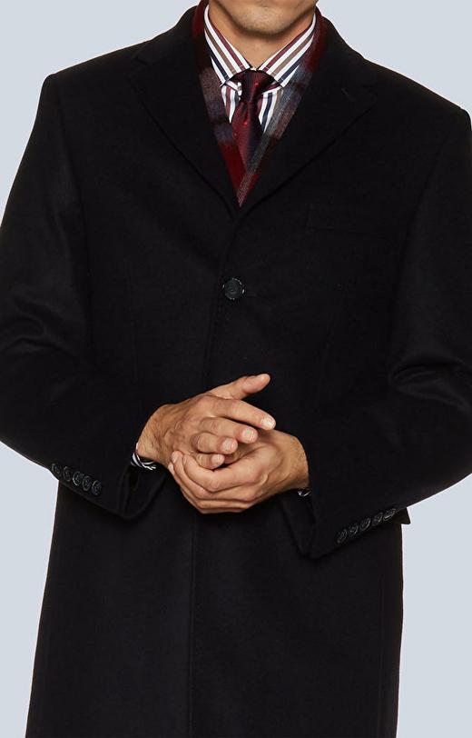 Jednorzędowy płaszcz z tkaniny wełnianej z dodatkiem kaszmiru