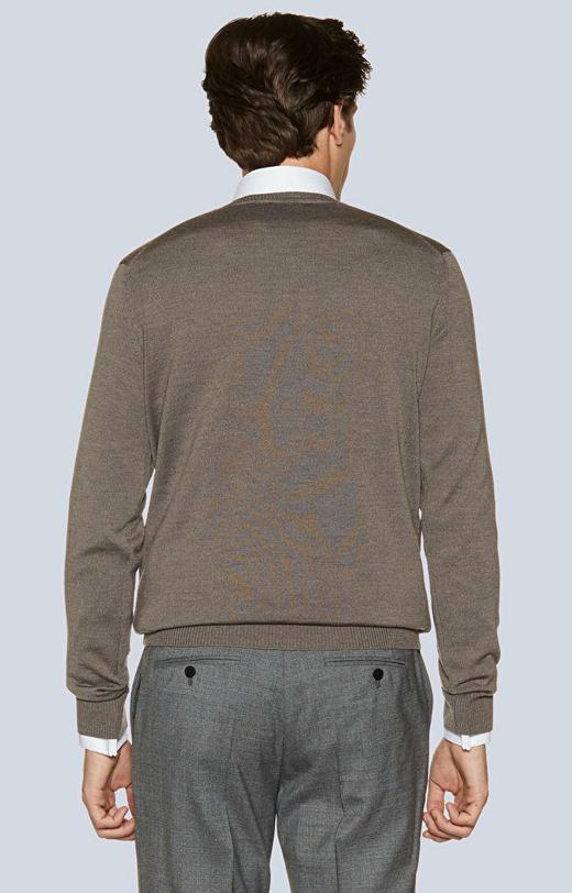 Lekki, wełniany sweter v-neck