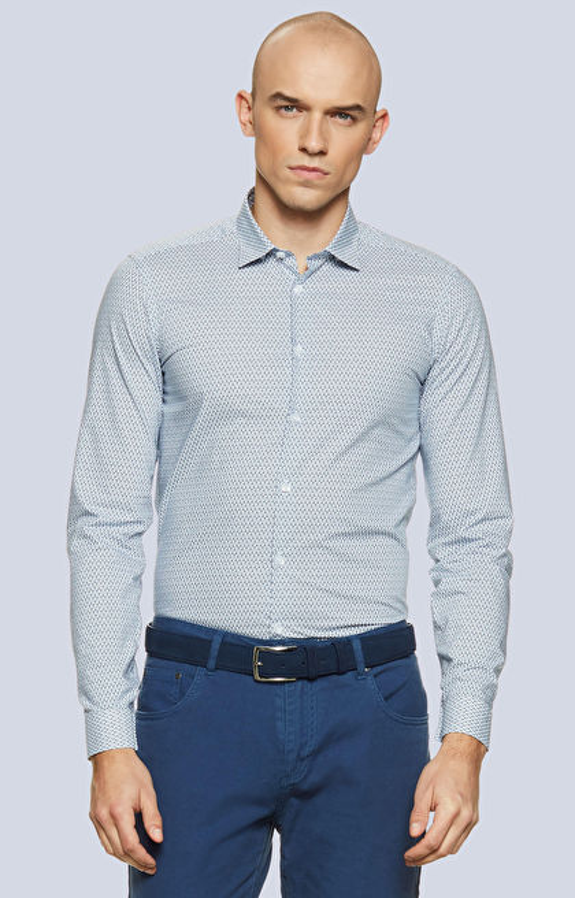 Dopasowana koszula z geometrycznym wzorem, kołnierz kryte button-down