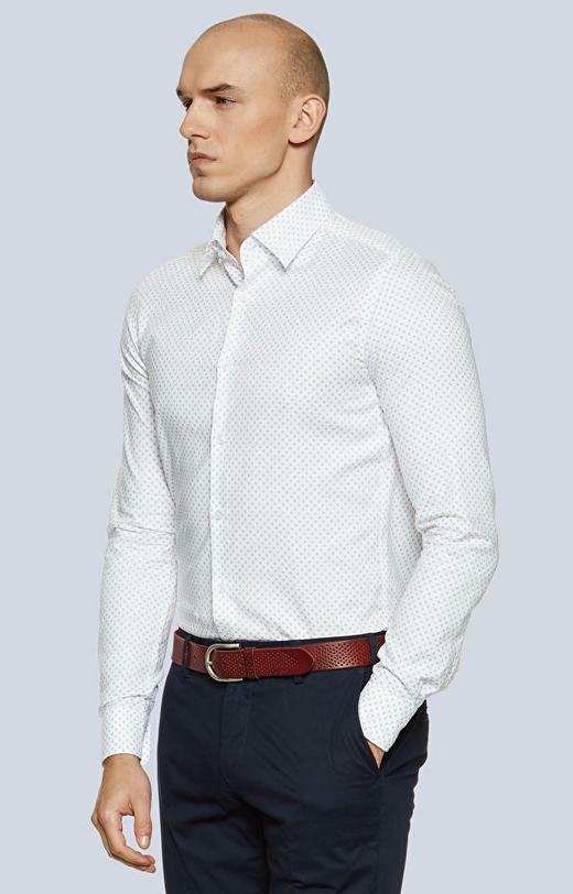 Dopasowana koszula w print z kołnierzem typu kryte button-down