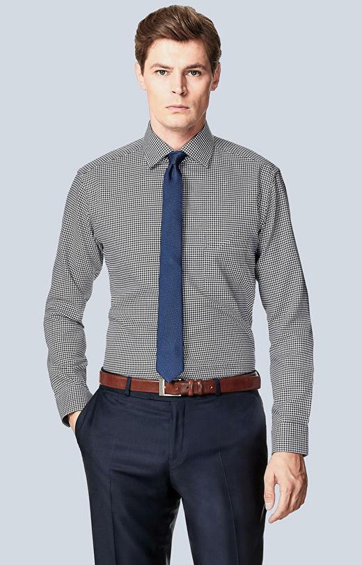 Koszula w mikrowzór z kieszonką, półwłoski kołnierz
