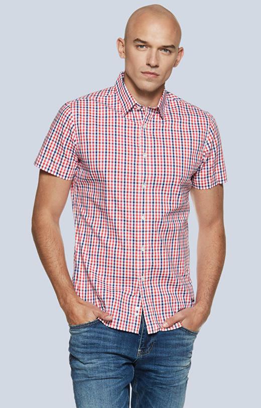 Dopasowana koszula z krótkim rękawem w kratę z kołnierzem kryte button-down