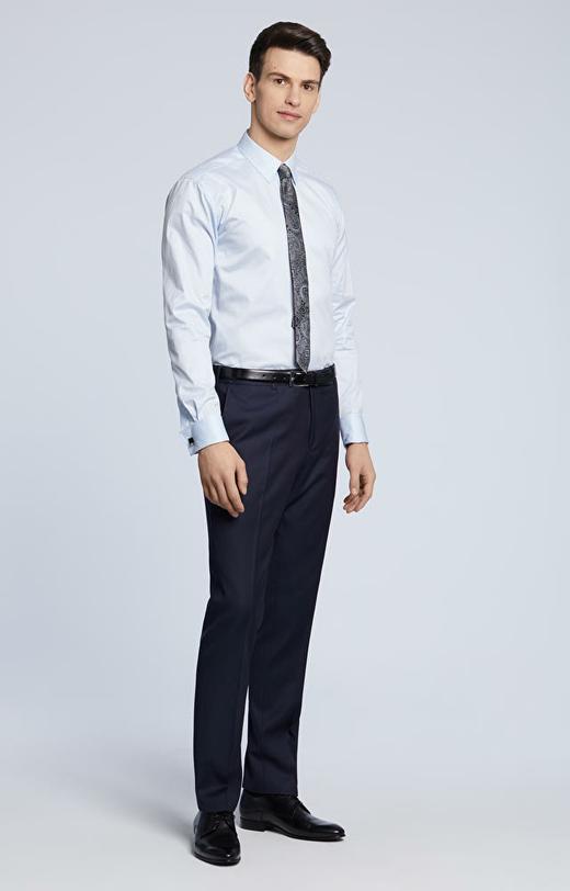 Elegancka koszula, klasyczny kolnierz, na spinkę