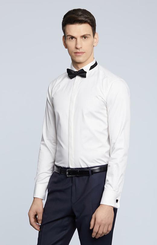 Klasyczna koszula na spinki z krytą plisą, smokingowy kołnierz