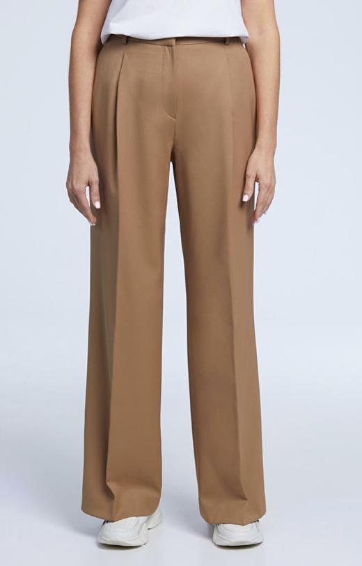 Wełniane spodnie damskie z szeroką nogawką