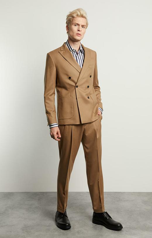 Luźny garnitur David Bowie