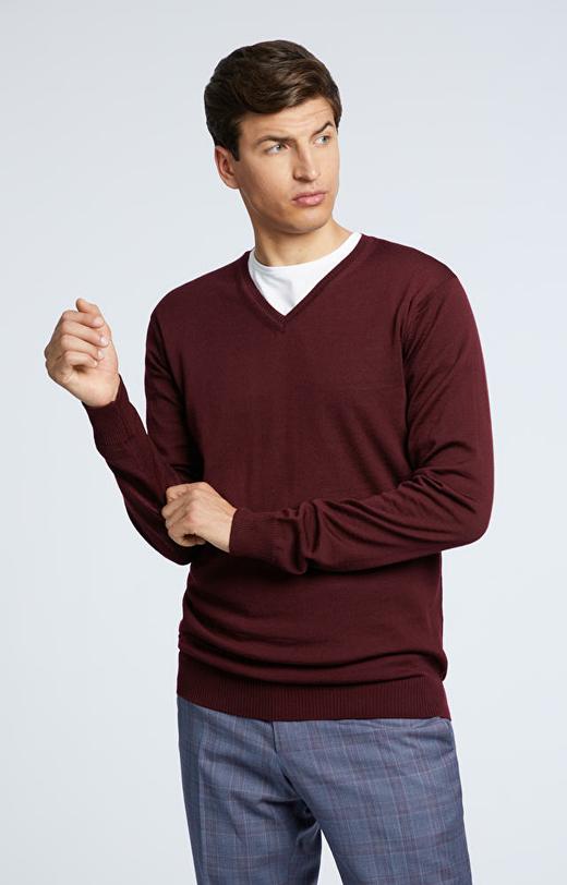 Lekki, wełniany sweter typu v-neck