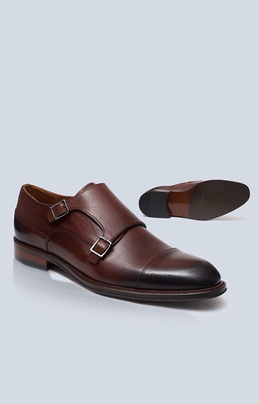 Skórzane buty typu Monki z klamrami