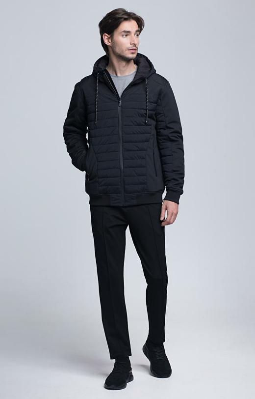 Pikowana sportowa kurtka z kapturem
