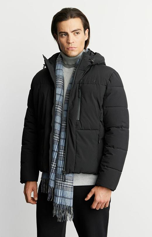 Pikowana zimowa kurtka