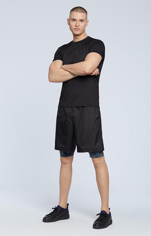 Sportowe szorty z krótkimi legginsami