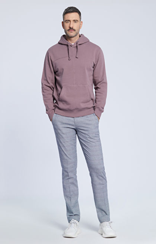 Dopasowane spodnie z miękkiej tkaniny w kratę
