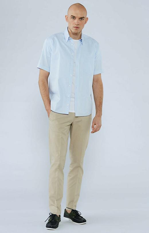 Swobodna koszula w kratę z krótkim rękawem, kołnierz kryte button-down